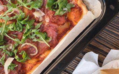 foodiesfeed.com_homemade-pizza-crop.jpg